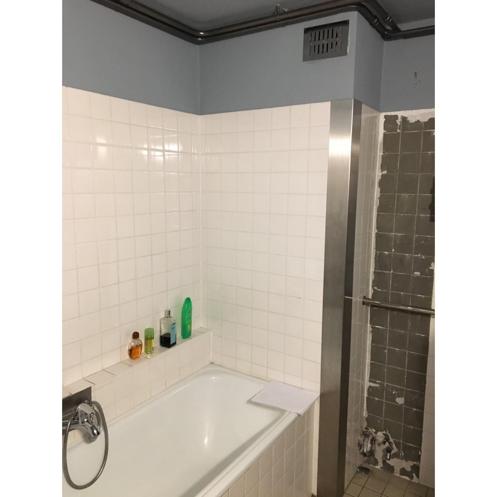 Looox, La Fabricca, Porcelanosa, Easydrain, S-line, Vitra, douche wc, badkamer verbouwing, renovatie, amsterdam, tuijps, beton cire, porcelanosa, la fabricca, verlaagd plafond, stucen, led spotjes